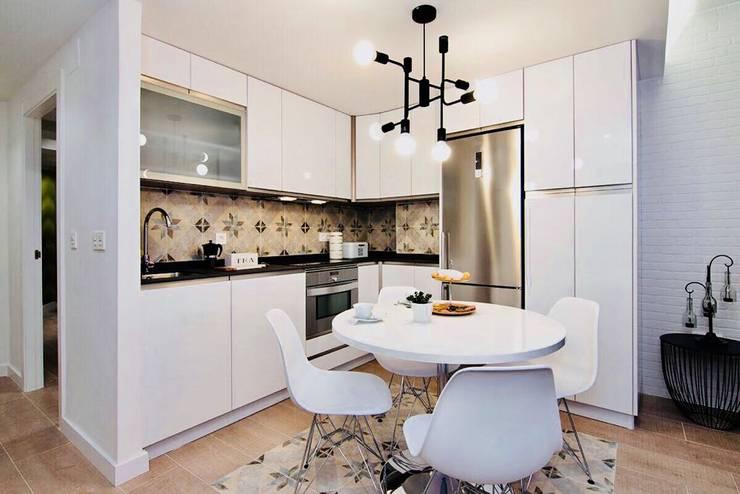 Kitchen by ESPACIOS, ALBERTO ARANDA