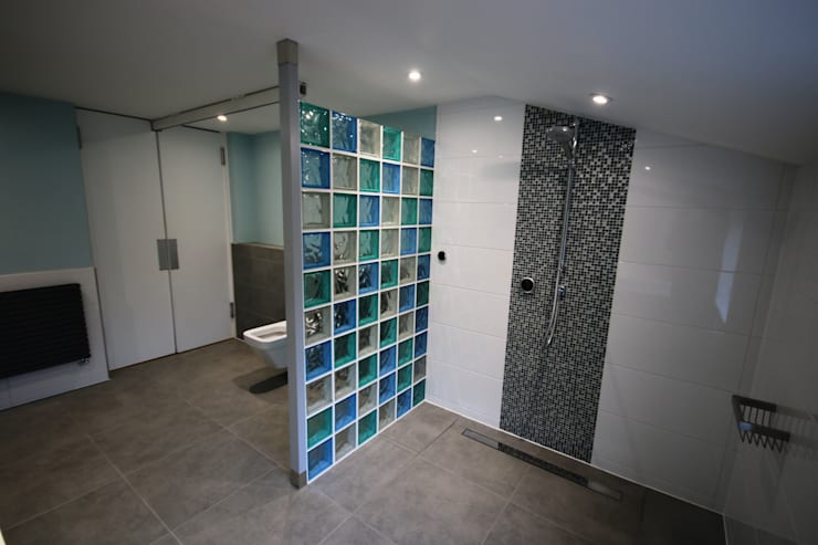 حمام تنفيذ DeVal Bathrooms