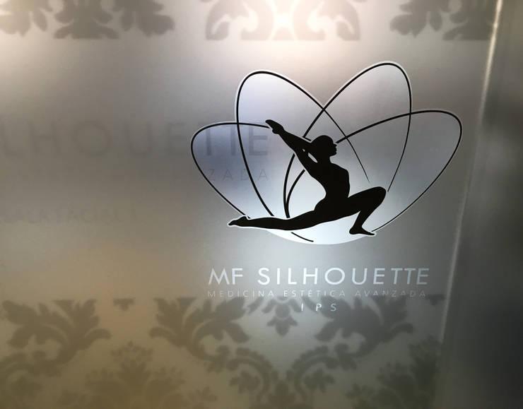 Marca sobre vinilos para vidrio : Arte de estilo  por Integra Proyectos