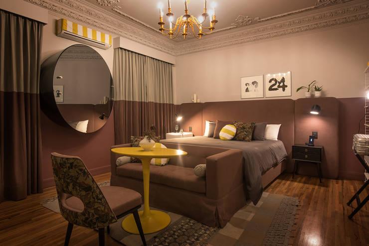 Hotel Pug Seal - Germán Velasco Arquitectos: Recámaras de estilo moderno por Germán Velasco Arquitectos