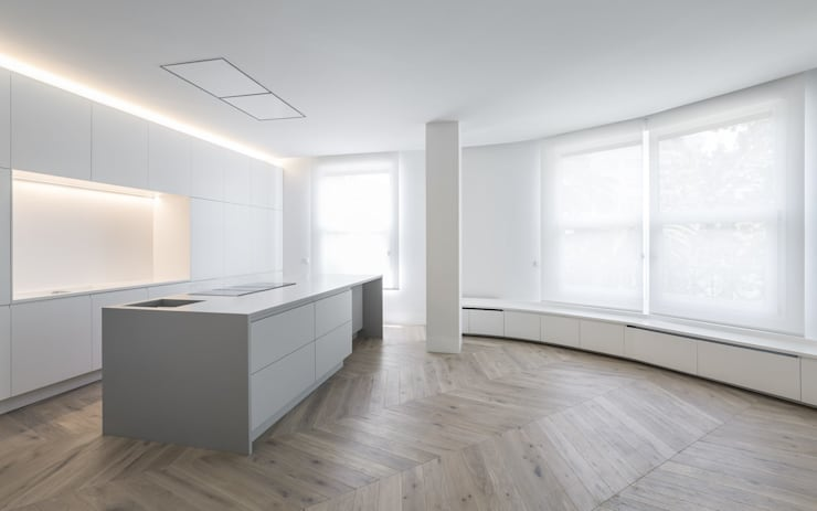 Cucina minimalista di Gallardo Llopis Arquitectos Minimalista