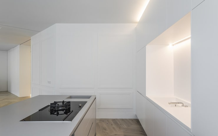 Cucina in stile mediterraneo di Gallardo Llopis Arquitectos Mediterraneo