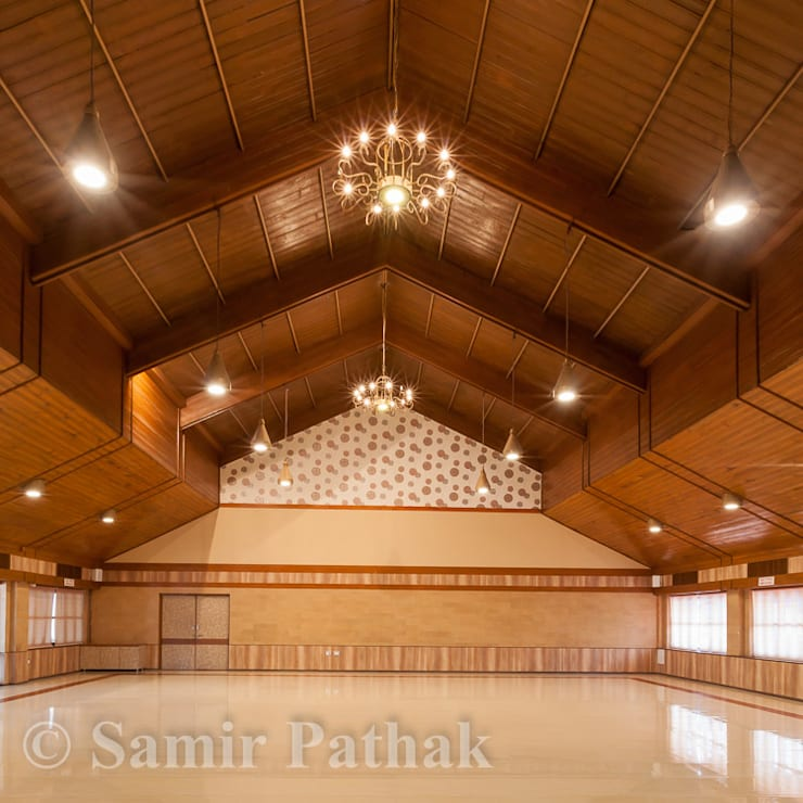 BANQUET HALL:  Commercial Spaces by Monoceros Interarch Solutions