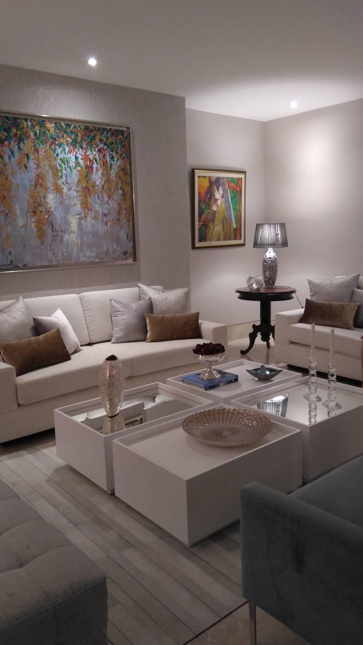 APARTAMENTO EDIFICIO ACQUA: Salones de estilo  por ANDRES FELIPE YANET - ESTUDIO DE DISEÑO,