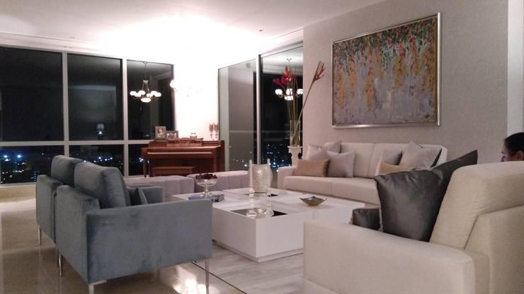 APARTAMENTO EDIFICIO ACQUA: Paisajismo de interiores de estilo  por ANDRES FELIPE YANET - ESTUDIO DE DISEÑO,