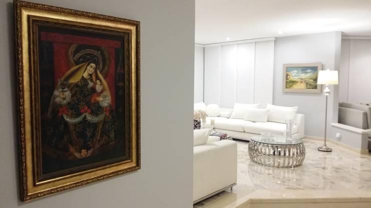 APARTAMENTO BARRANQUILLA: Salas de estilo  por ANDRES FELIPE YANET - ESTUDIO DE DISEÑO