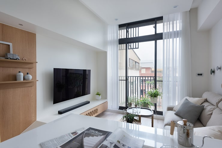 早安,日和!:  客廳 by 寓子設計