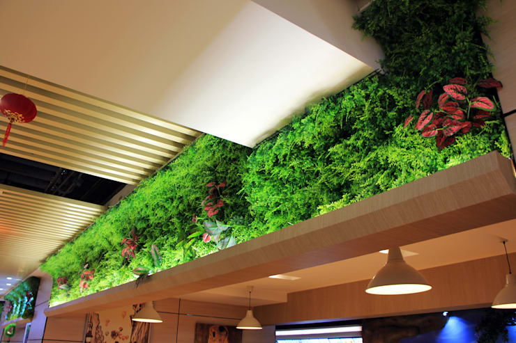 Artificial Plants Wall For Interior Storefront Landscape:  Offices & stores by Sunwing Industrial Co., Ltd.,Tropical Plastic