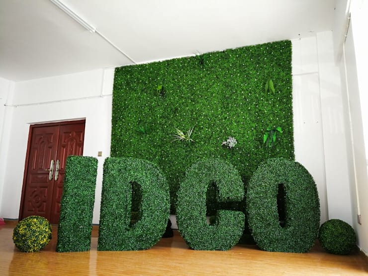 Artificial Boxwood Hedges Accent Wall:  Office spaces & stores  by Sunwing Industrial Co., Ltd.
