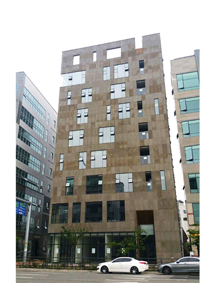 외부전경: (주)건축사사무소 예인그룹의  계단,모던 대리석