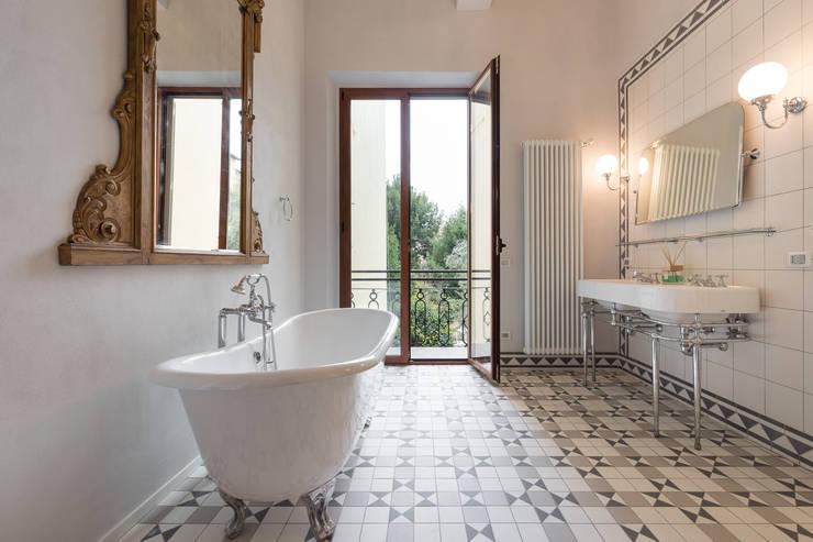 Bagno Shabby Chic Moderno : Come arredare un bagno shabby chic esempi e ispirazioni