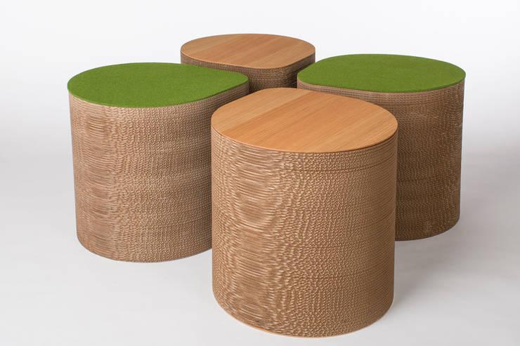 CARDBOARD SIDE TABLE:   door Studio Perspective, Industrieel Papier