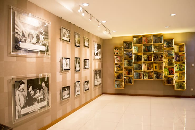 Galery Triprasetya Radio Republik Indonesia:  Gedung perkantoran by Indra Jatmika Hardi