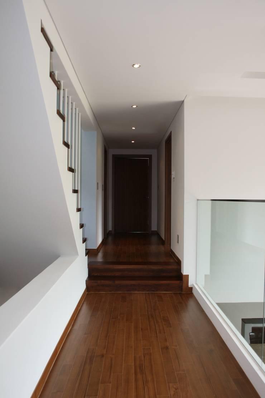 양평 단독주택: (주)건축사사무소 예인그룹의  계단,모던 화강암
