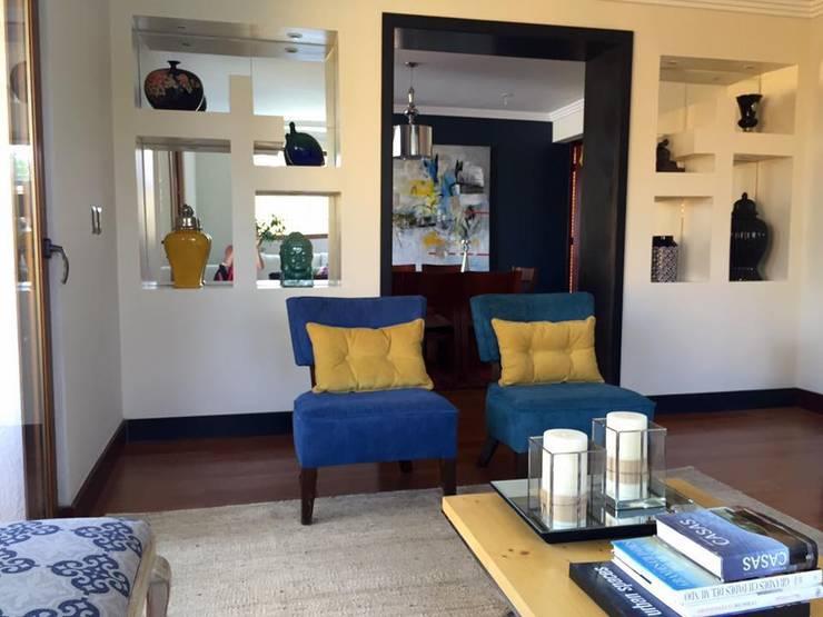 REMODELACION VIVIENDA UNIFAMILIAR VITACURA: Casas unifamiliares de estilo  por ALLEGRE ARQUITECTOS