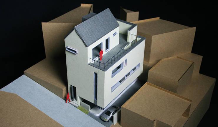 모형: (주)건축사사무소 예인그룹의  계단,모던 벽돌