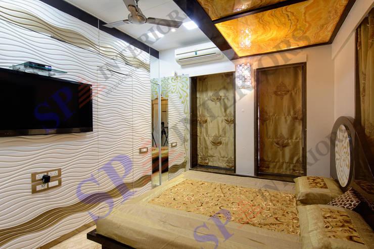 Mr. Gandhi:  Bedroom by SP INTERIORS