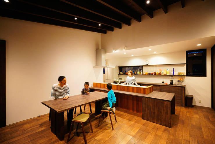 廚房 by H建築スタジオ
