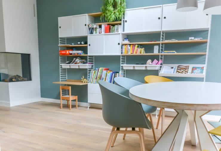 Phòng khách theo Studio Binnen, Bắc Âu