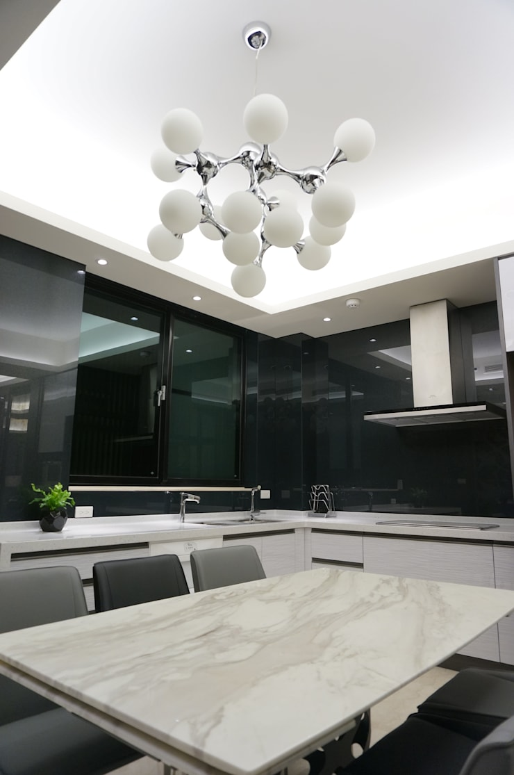 現代人文 中式寫意:  餐廳 by 沐築空間設計