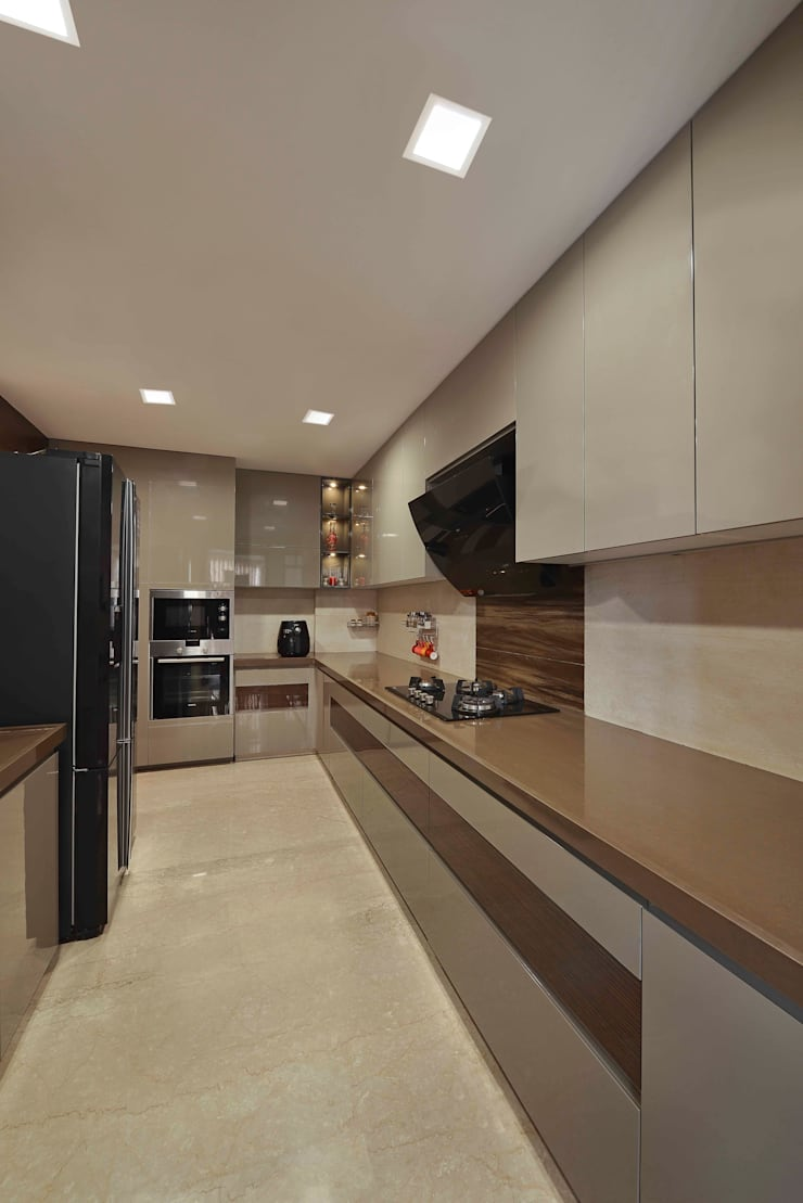 The Warm Bliss:  Kitchen by Ar. Milind Pai,Minimalist Marble