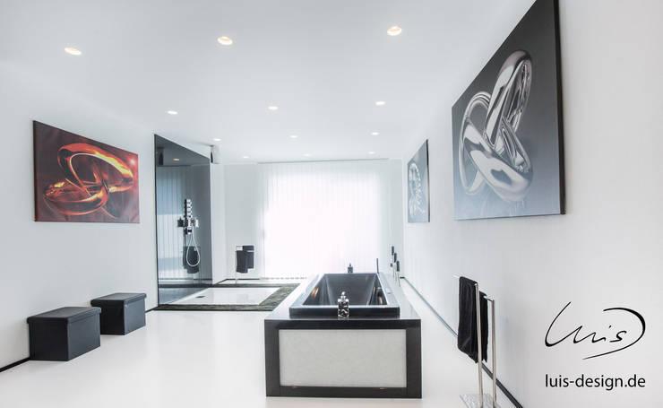 Bathroom by Luis Design