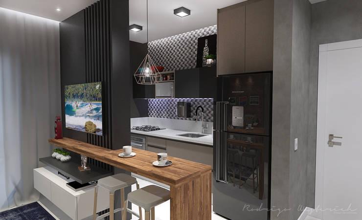 Studio: Armários e bancadas de cozinha  por Rodrigo Westerich - Design de Interiores