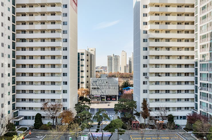 면목 119안전센터: Yong Ju Lee Architecture의  사무실,모던 알루미늄 / 아연