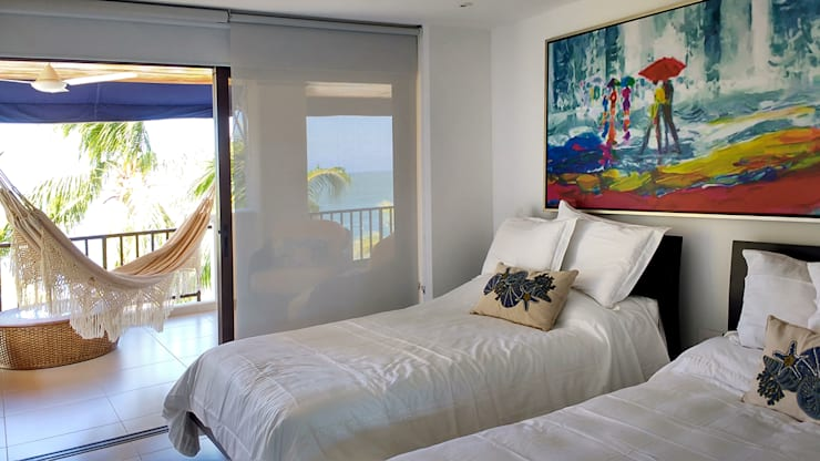 Habitación hacia la terraza principal: Habitaciones de estilo  por Remodelar Proyectos Integrales, Tropical Aglomerado