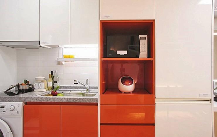 안산 센터하임 오피스텔 모델하우스 / D1-Type: 에이프릴디아의  빌트인 주방,