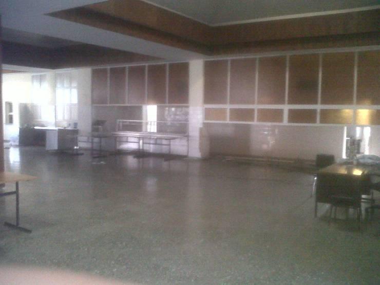 Salas de jantar  por PLAN B , Clássico