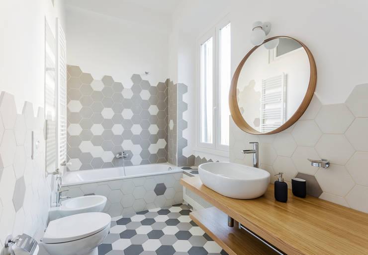浴室 by Angelo Talia