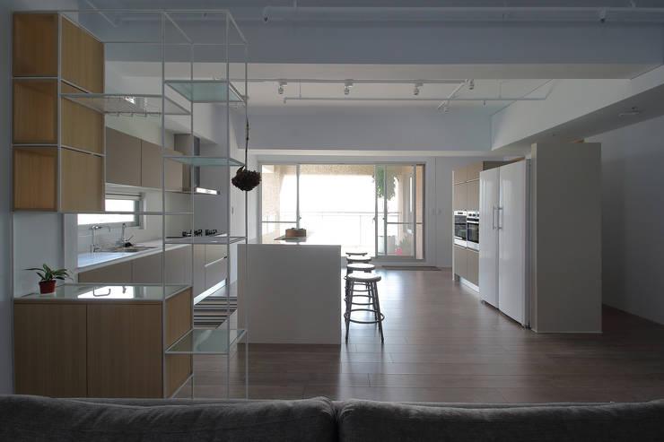 楓樹:  餐廳 by 樂沐室內設計有限公司
