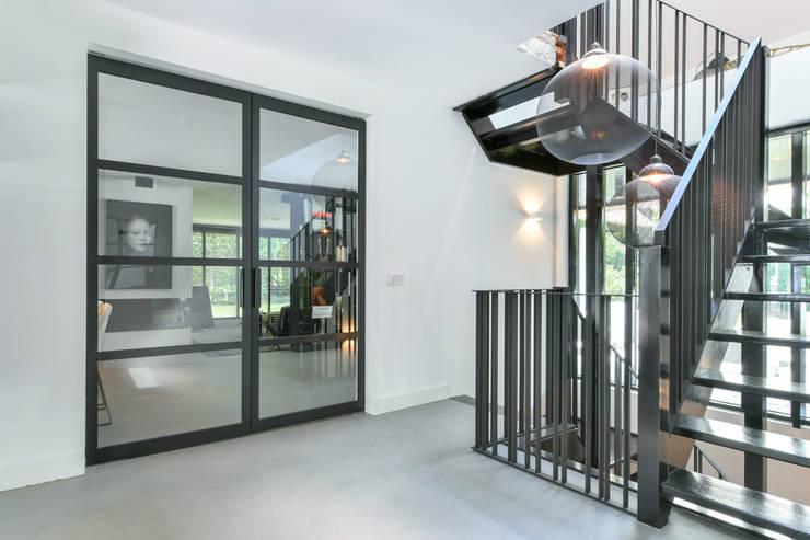 Project huizen von skygate betaalbare stalen binnendeur homify