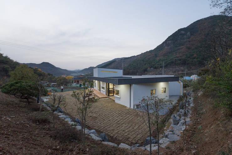 청양 농가주택 프로젝트: 적정건축의  주택