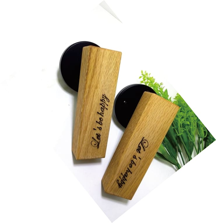 marking oak wood door handle: 아키인포의  창문 & 문,