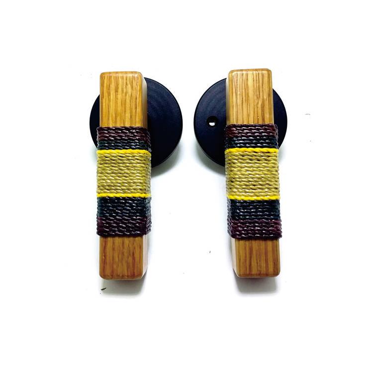 wood and paper artistic door handle: 아키인포의 클래식 ,클래식 종이