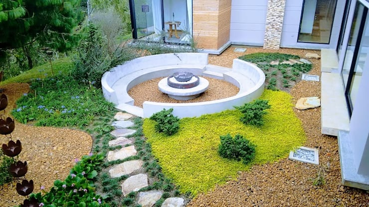 Manantiales de la Acuarela: Jardines de piedra de estilo  por Espacios Positivos
