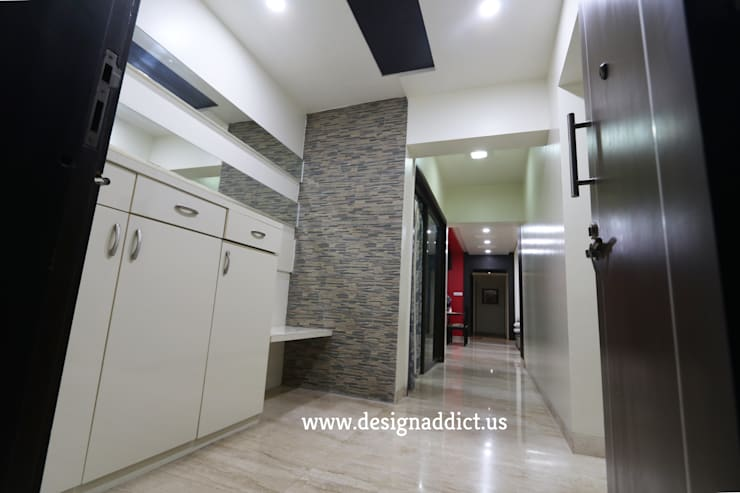 Entrance lobby:  Corridor & hallway by Designaddict