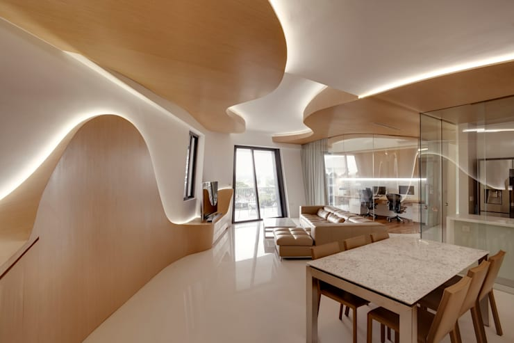 Landscape Apartment at D'leedon:  Dining room by Lim Ai Tiong (LATO) Architects