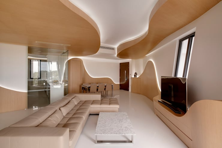 Landscape Apartment at D'leedon:  Living room by Lim Ai Tiong (LATO) Architects