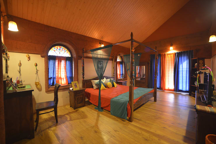 Bed Room : classic Bedroom by RA LIFESTYLES