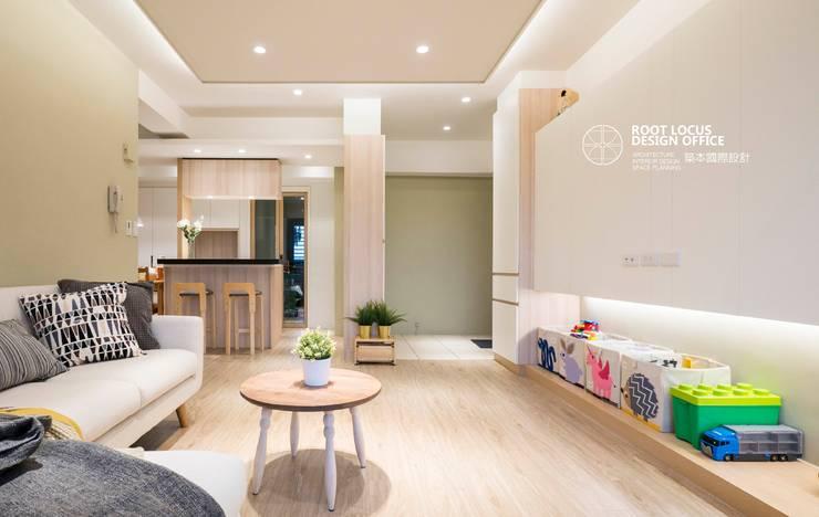 台中林公館:  客廳 by 築本國際設計有限公司