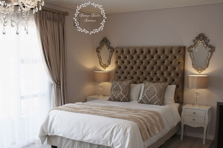 Old world glamour:  Bedroom by Tamsyn Fowler Interiors, Classic