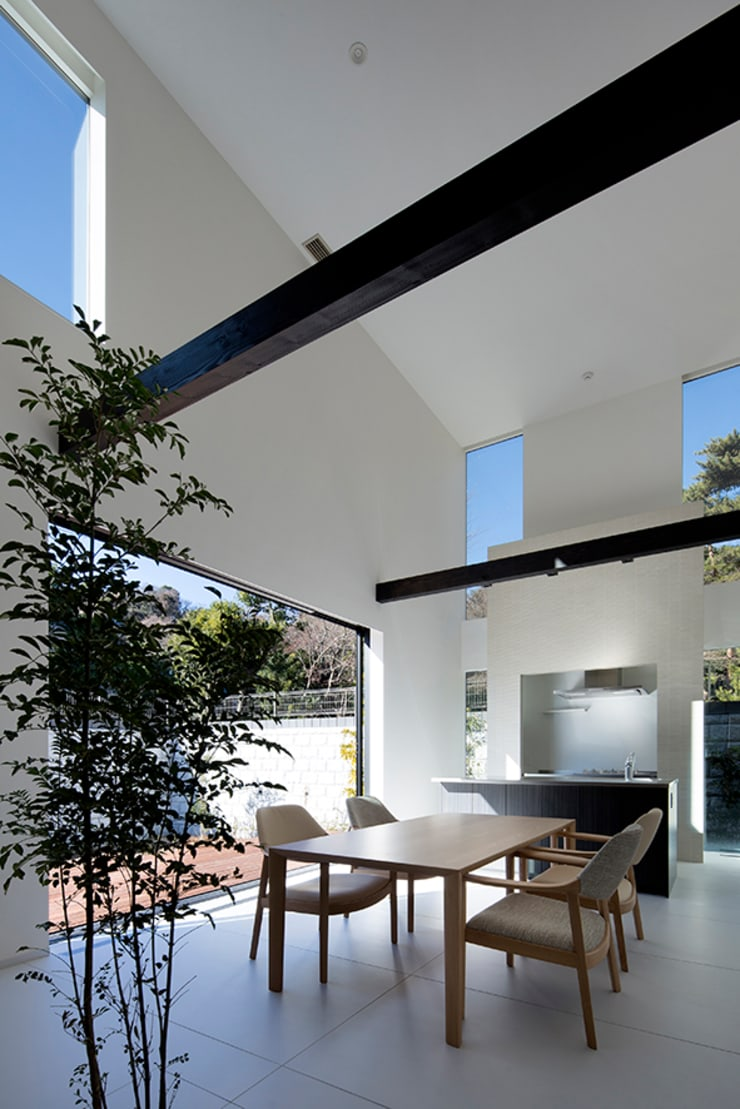 Dining room by 松岡淳建築設計事務所, Modern Concrete