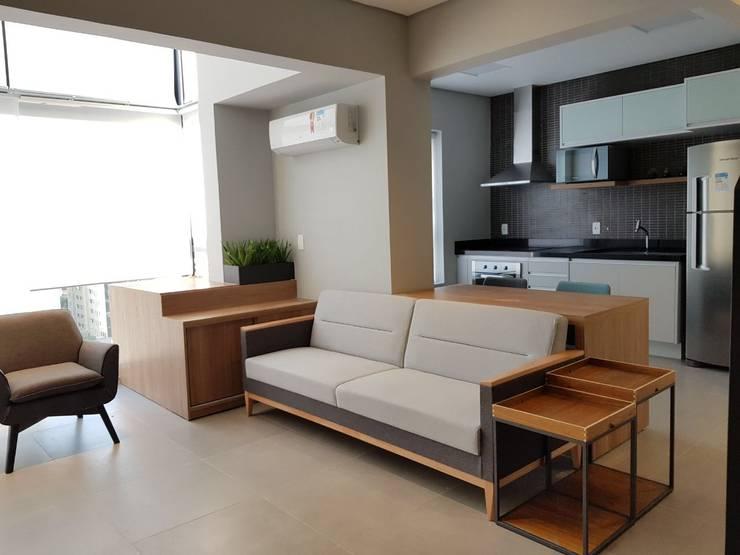 Phòng khách by ICONO Projetos e Interiores
