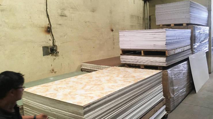 Tấm nhựa PVC Plasker dán vân đá:   by Picomat Sài Gòn