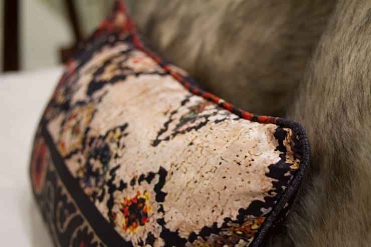 ​Upholstery Details:  Living room by Alfaiate d'Interiores