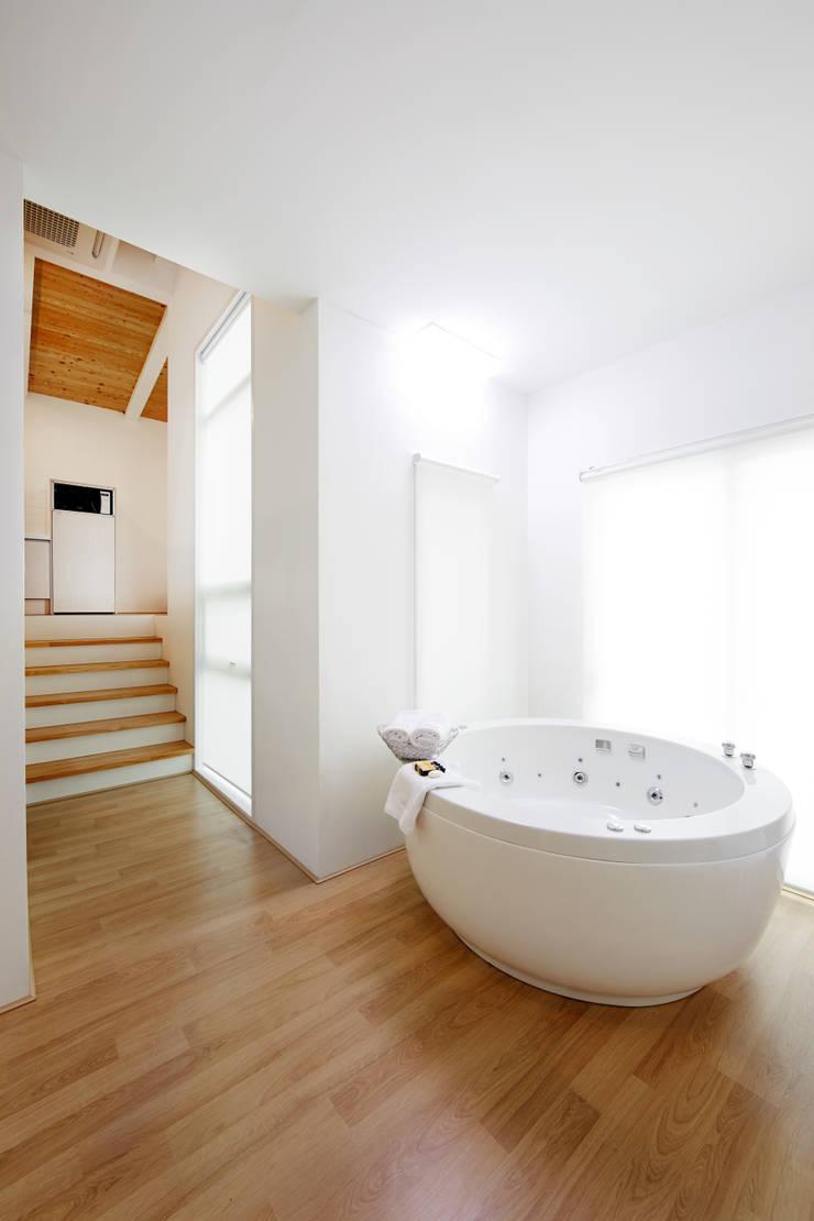 The Secret Pool Villa Resort 북한강(가평) Type Nature①: IAMDESIGN.의  호텔
