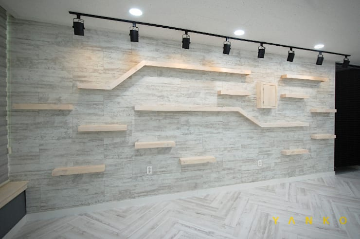 Bars & clubs by 얀코인테리어, Modern